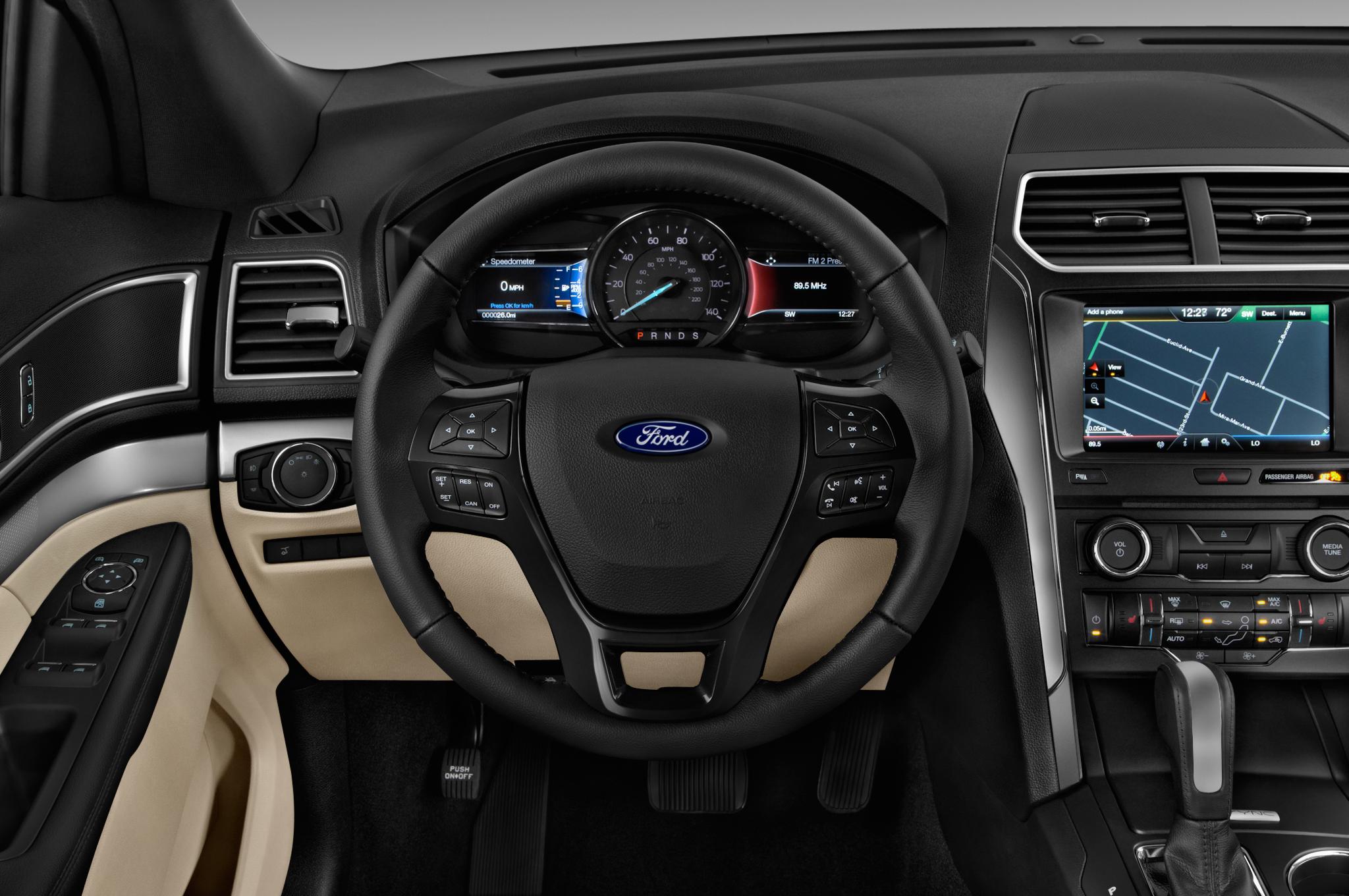 2016-ford-explorer-xlt-suv-steering-wheel